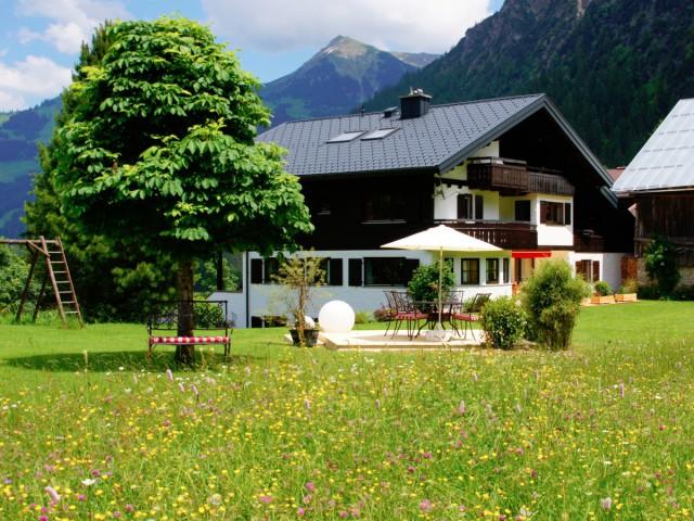 Gästehaus Bender in Mittelberg im Kleinwalsertal